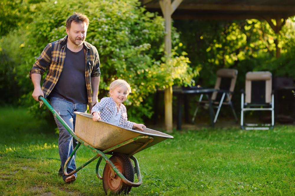 Clean & Prevent Wheelbarrow Rust