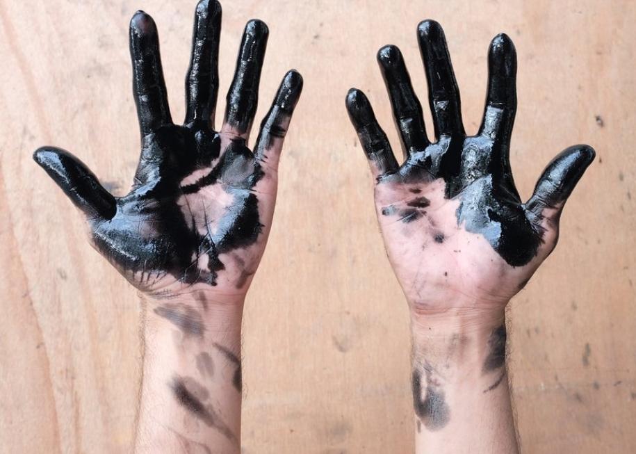 Degrease Hands