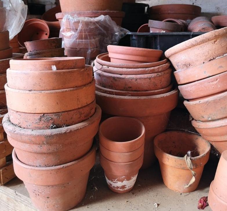 Separate Flower Pots