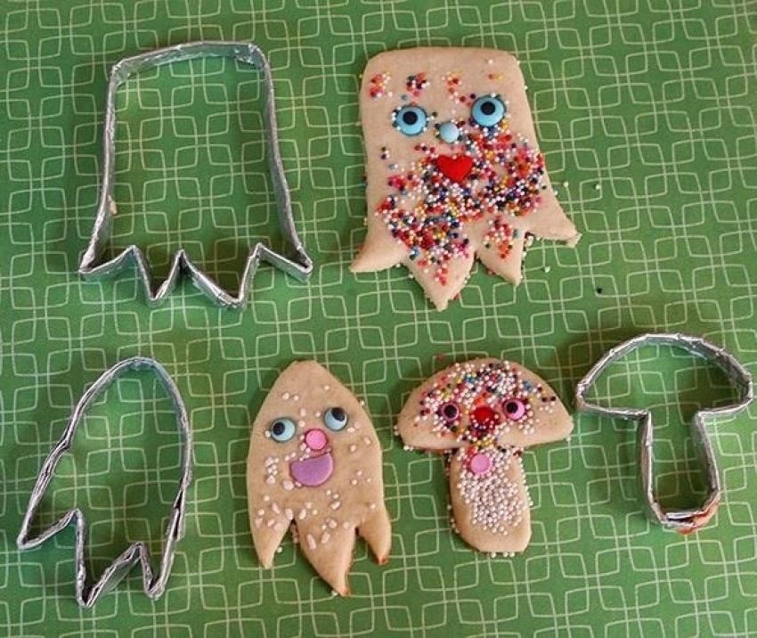 Creative Cookie Cutters Made With Aluminum Foil